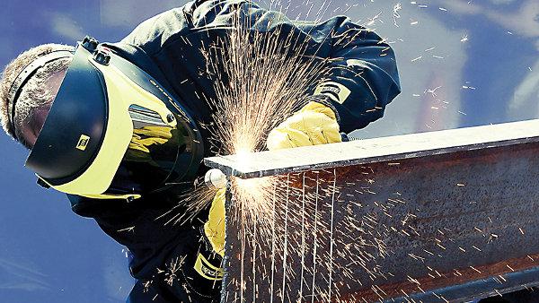 Trabajador de la construcción con riesgo alto de accidentes